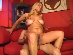 Curvy full-grown unladylike is all about the fucking